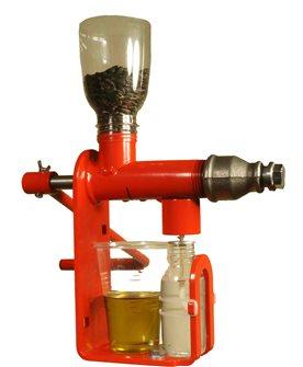 Spremitore da tavolo per olio da semi e chicchi oleosi